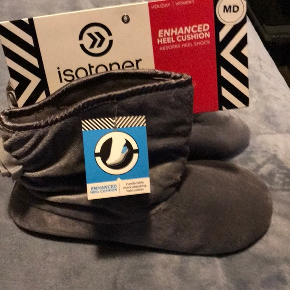 isotoner Shoes - Slippers